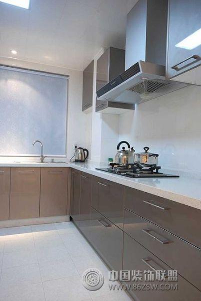 10万装105平米质感美家 厨房装修图片