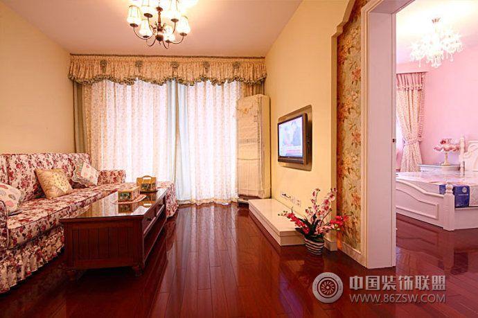 80后美女90平米的田园之家 客厅装修图片
