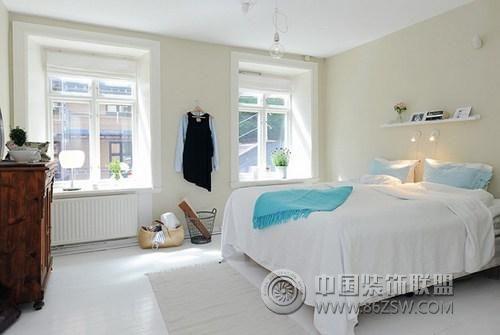 95平方米的清新明亮复式公寓 卧室装修效果图