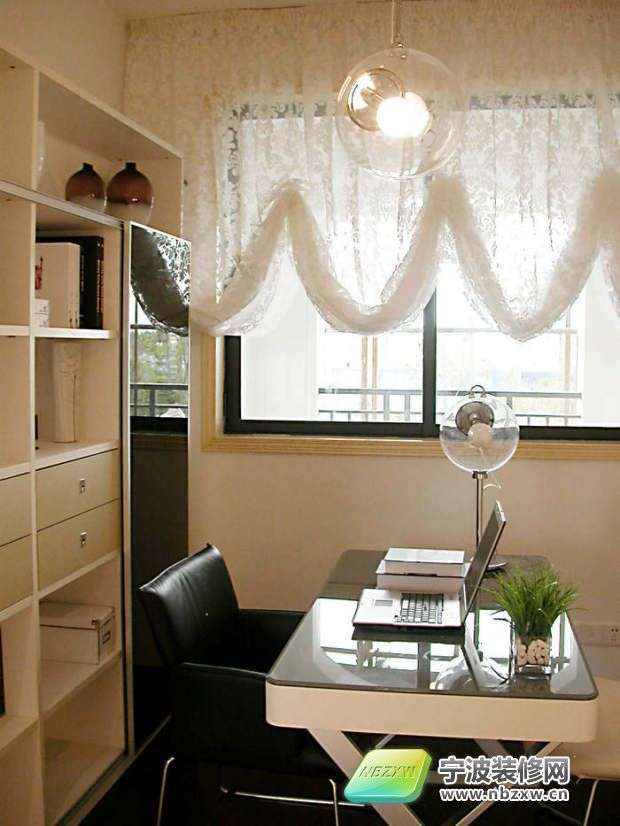 78平米黑白色系 砸墙增空间扩容术 书房装修效果图