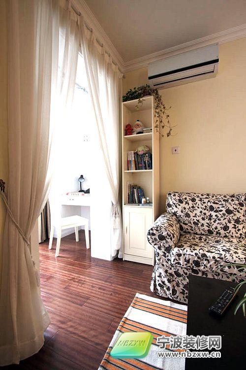 65平米2室改1室 阳台 封闭 隔书房 客厅 装修效果