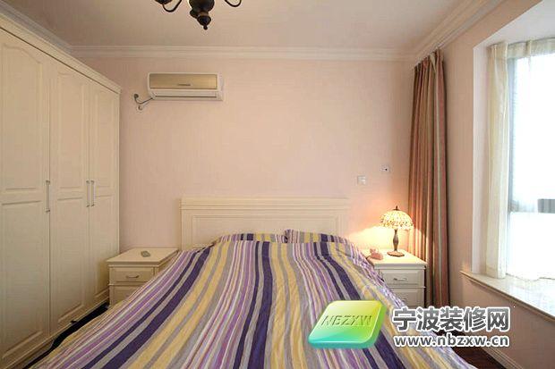 客厅改卧室装修效果图  欧式最新潮流大卧室软装饰效果图 卧室白色