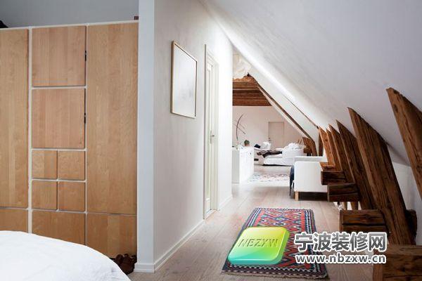 不规则的穿衣阁楼设计 卧室装修图片
