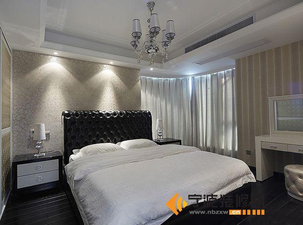 11万装120平米奢华金属风格 卧室装修效果图