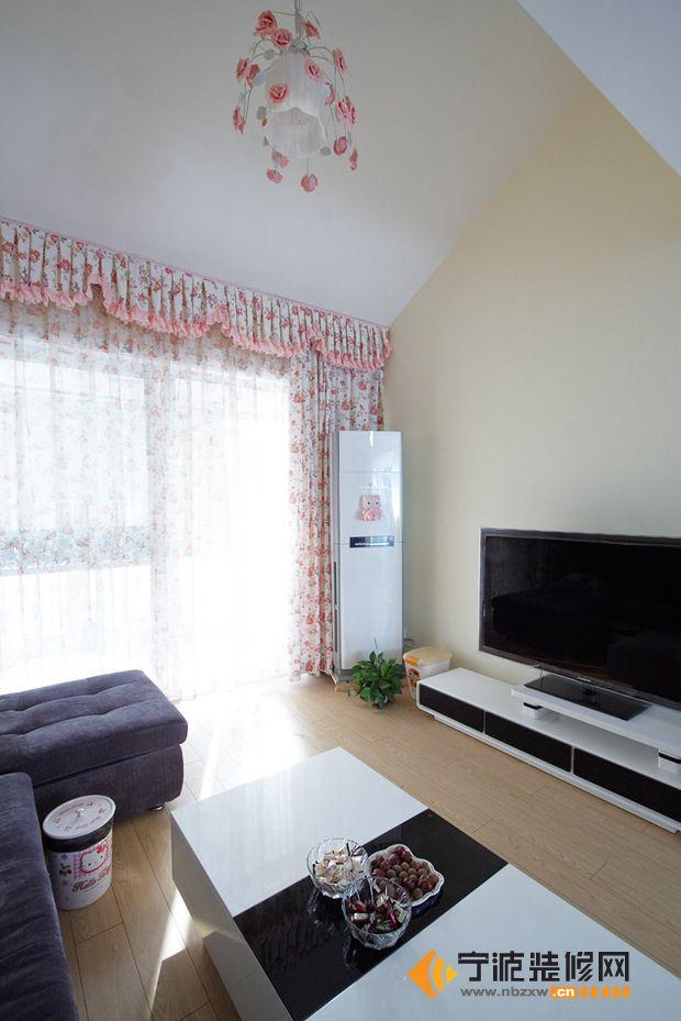 万装142平米美式乡村风采 客厅装修图片