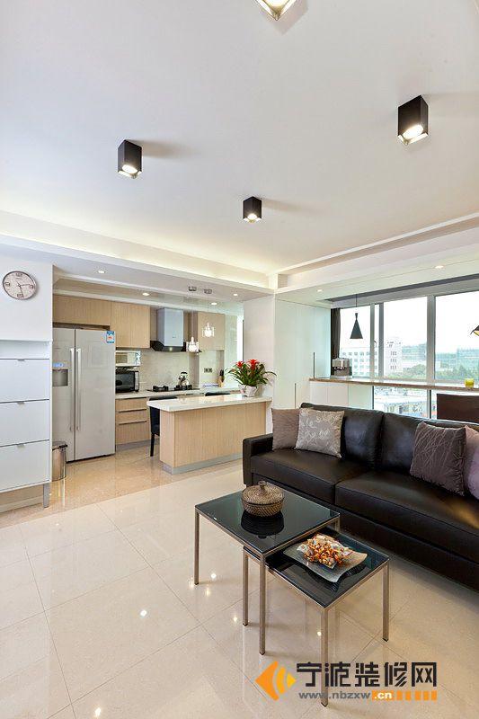 150平米现代婚房 客厅装修图片