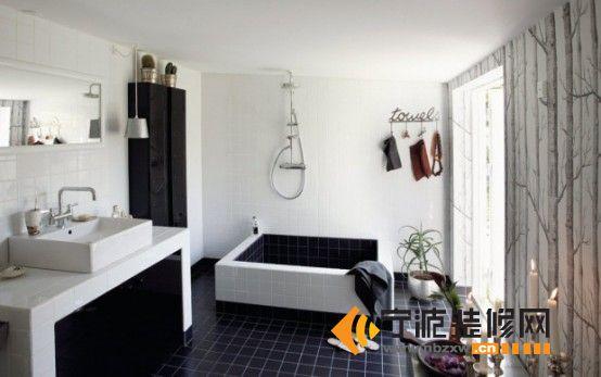 黑白经典洗手间装修效果图片