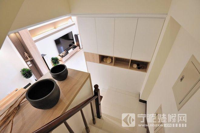 148平米木质简约空间 阁楼装修效果图