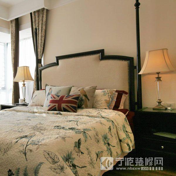 美式风格小户型装修案例 卧室装修效果图