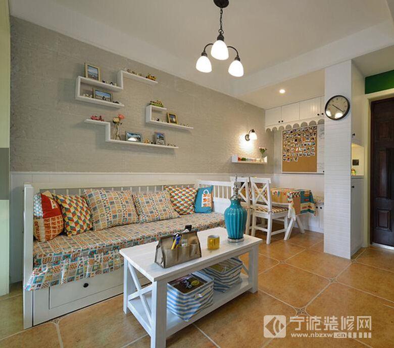 小城花园简约两居室 客厅装修图片