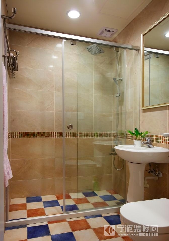 隔断淋浴房打造卫生间装修效果图 卫生间装修效果图
