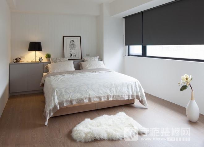 现代简约原木风 卧室装修效果图