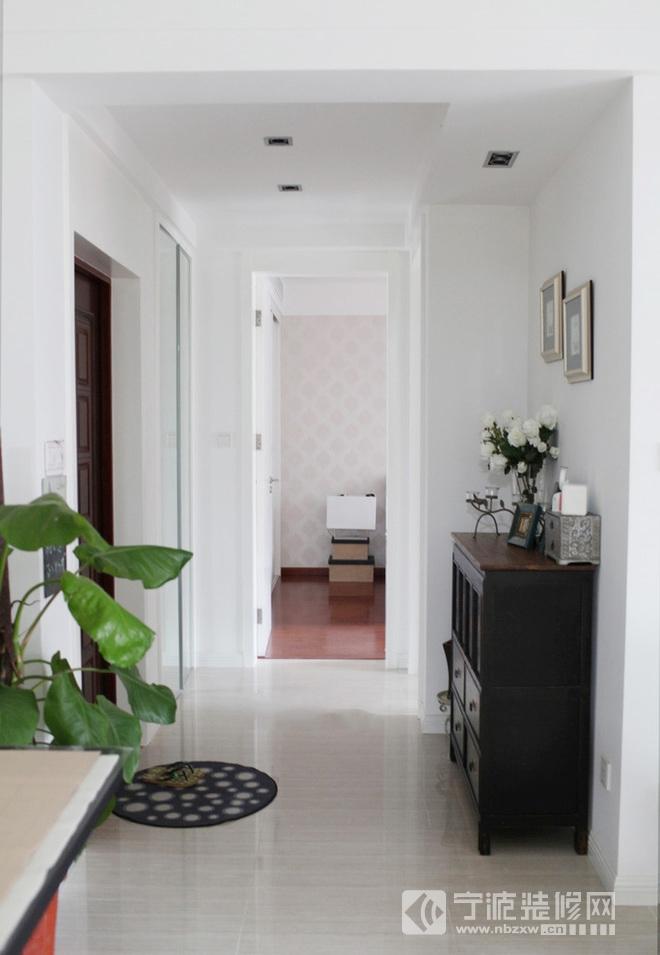 95平米现代风格三室两厅装修图片 过道装修效果图 -95平米现代风格