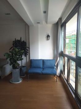 江湾城现代阳台