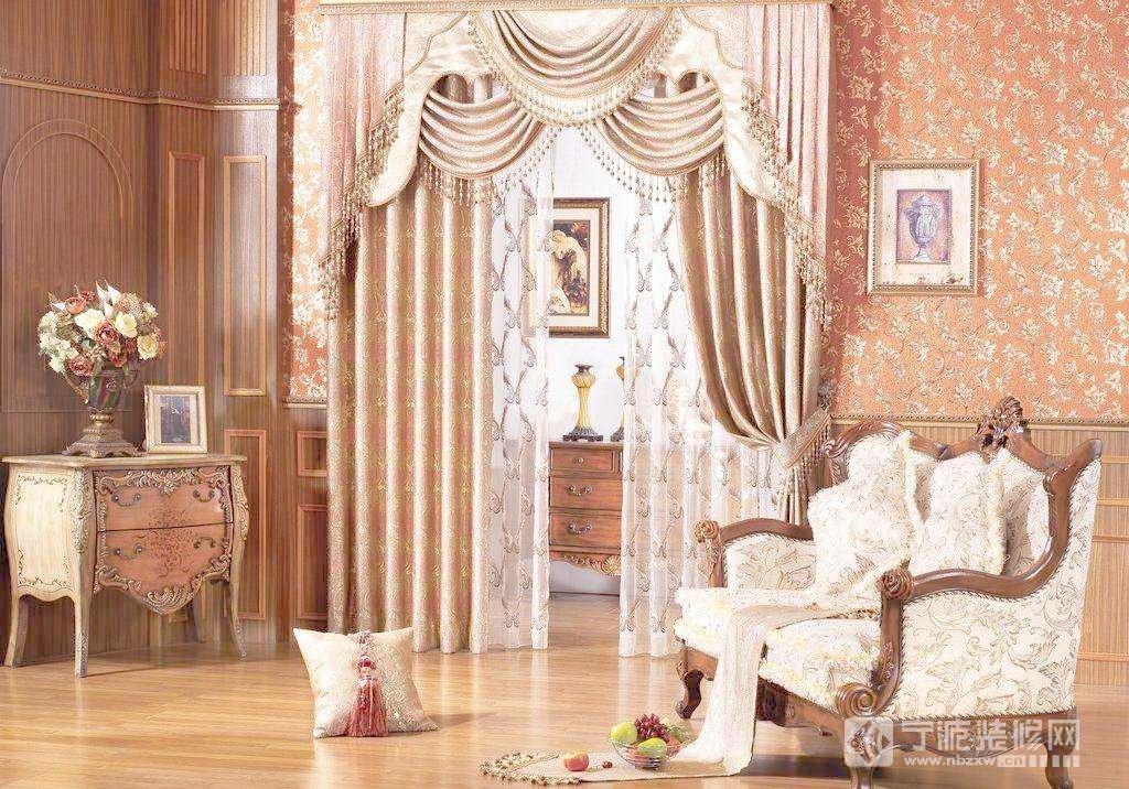 五个实用妙招 教你怎样搭配美家欧式风格窗帘颜色