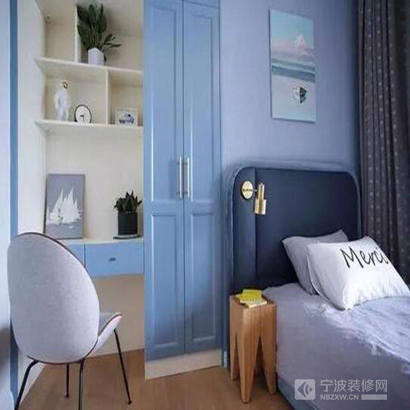 卧室想装书桌、梳妆台空间不够用?这样设计太巧妙